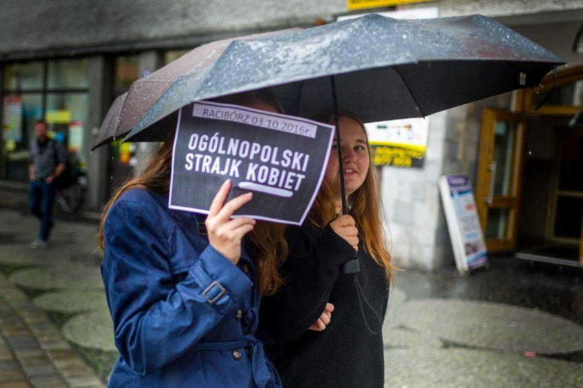 dzienniQ: Strajk kobiet