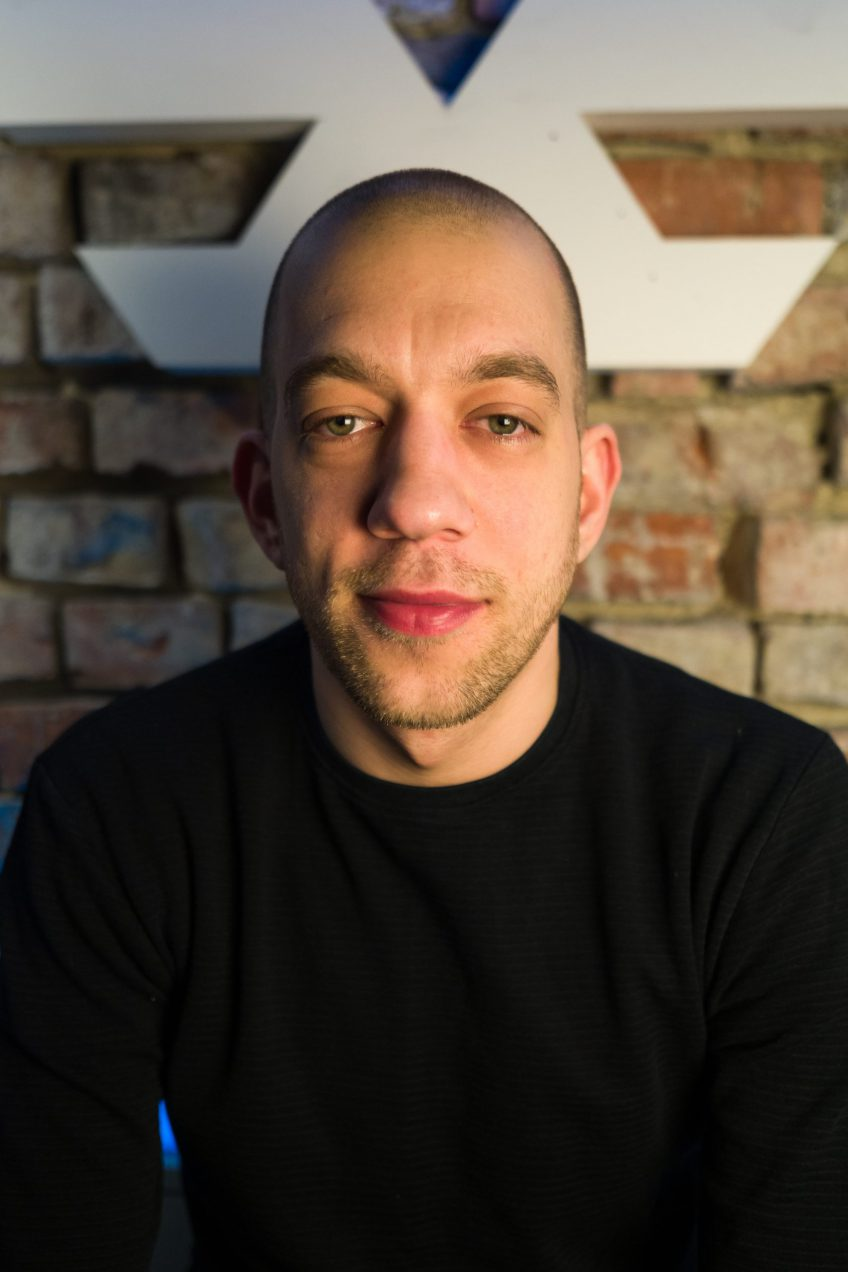 50 twarzy OQLa – Anton